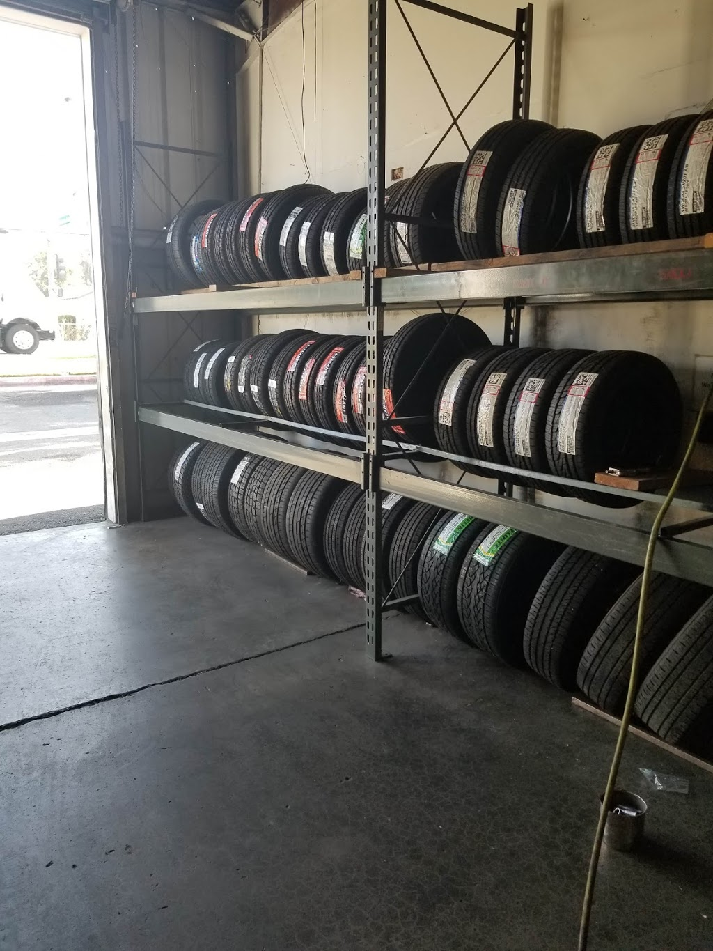 SPS Wheels And Tires - car repair  | Photo 5 of 10 | Address: 3232 Center St, Riverside, CA 92501, USA | Phone: (951) 788-3955