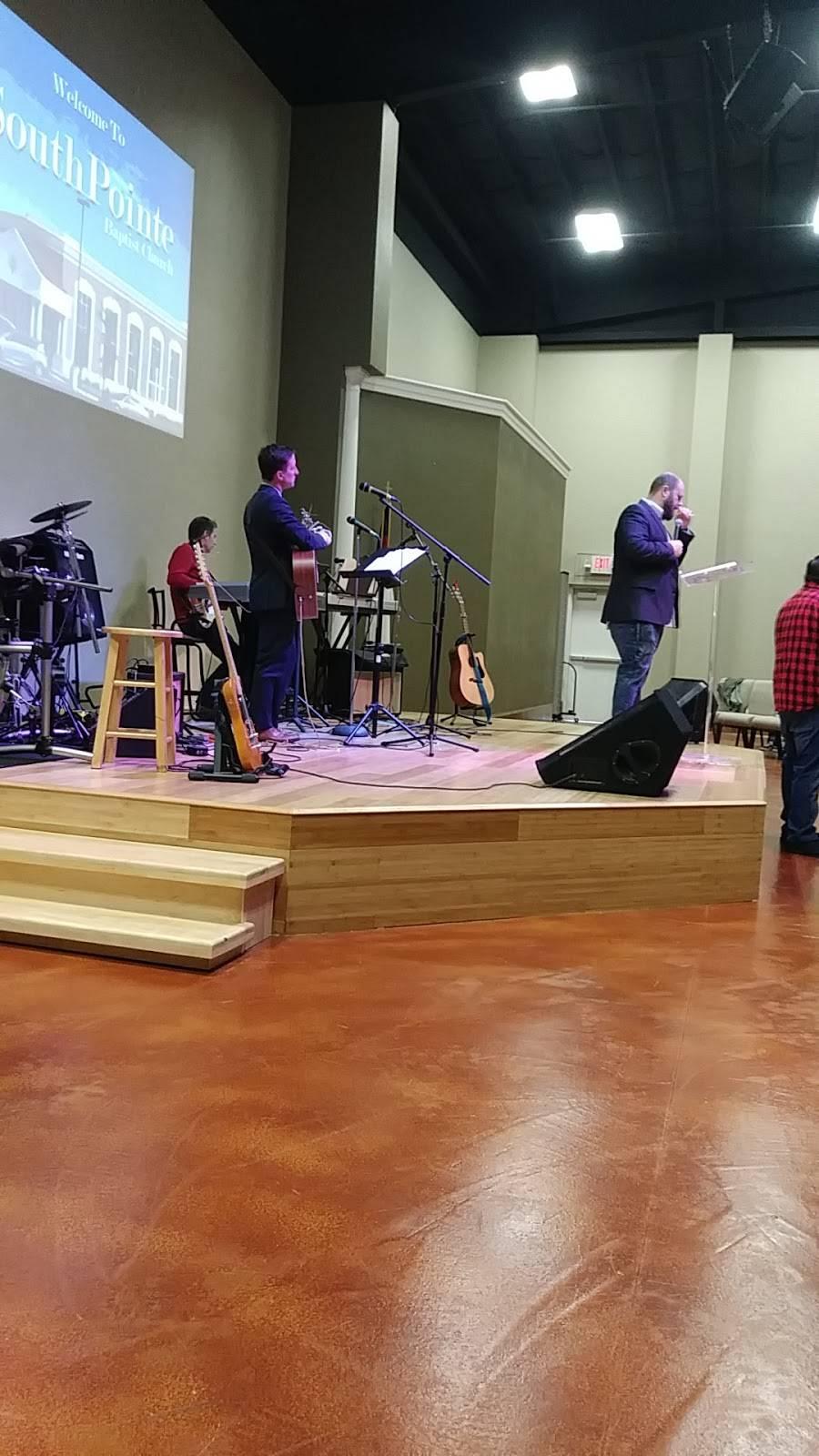 Southpointe Baptist Church - church  | Photo 6 of 7 | Address: 901 Debbie Ln, Arlington, TX 76002, USA | Phone: (817) 453-5550