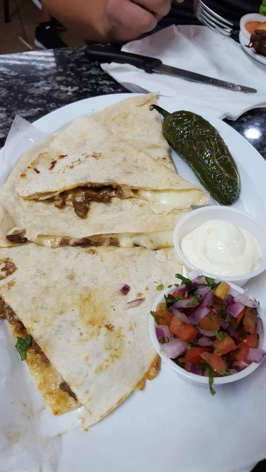 Taqueria El Torito - restaurant  | Photo 9 of 10 | Address: 1409 Central Ave, Kansas City, KS 66102, USA | Phone: (913) 233-0463