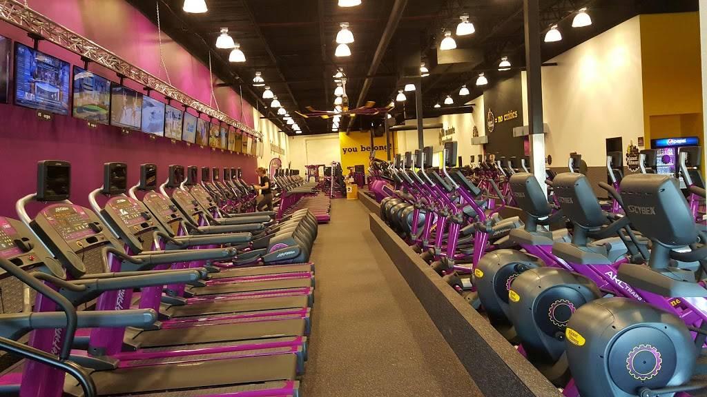 Planet Fitness 1412 Summit Ave Oconomowoc Wi 53066 Usa