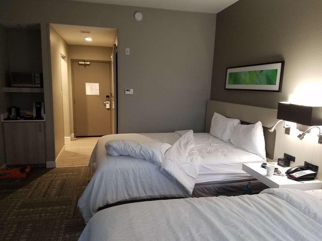 Hilton Garden Inn Houston-Baytown - lodging  | Photo 7 of 10 | Address: 4910 E Chase St, Baytown, TX 77521, USA | Phone: (281) 838-8208
