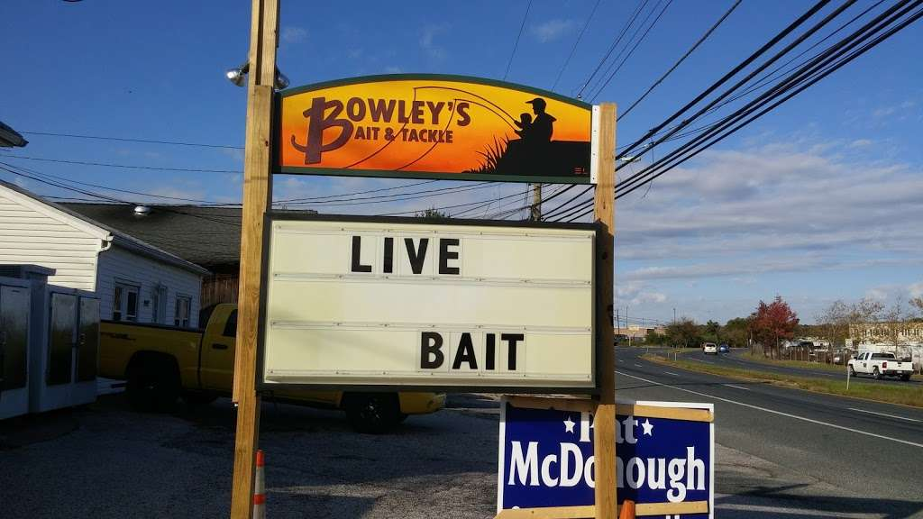 Bowleys Bait & Tackle Inc - store  | Photo 8 of 10 | Address: 2917 Eastern Blvd, Baltimore, MD 21220, USA | Phone: (410) 687-2107