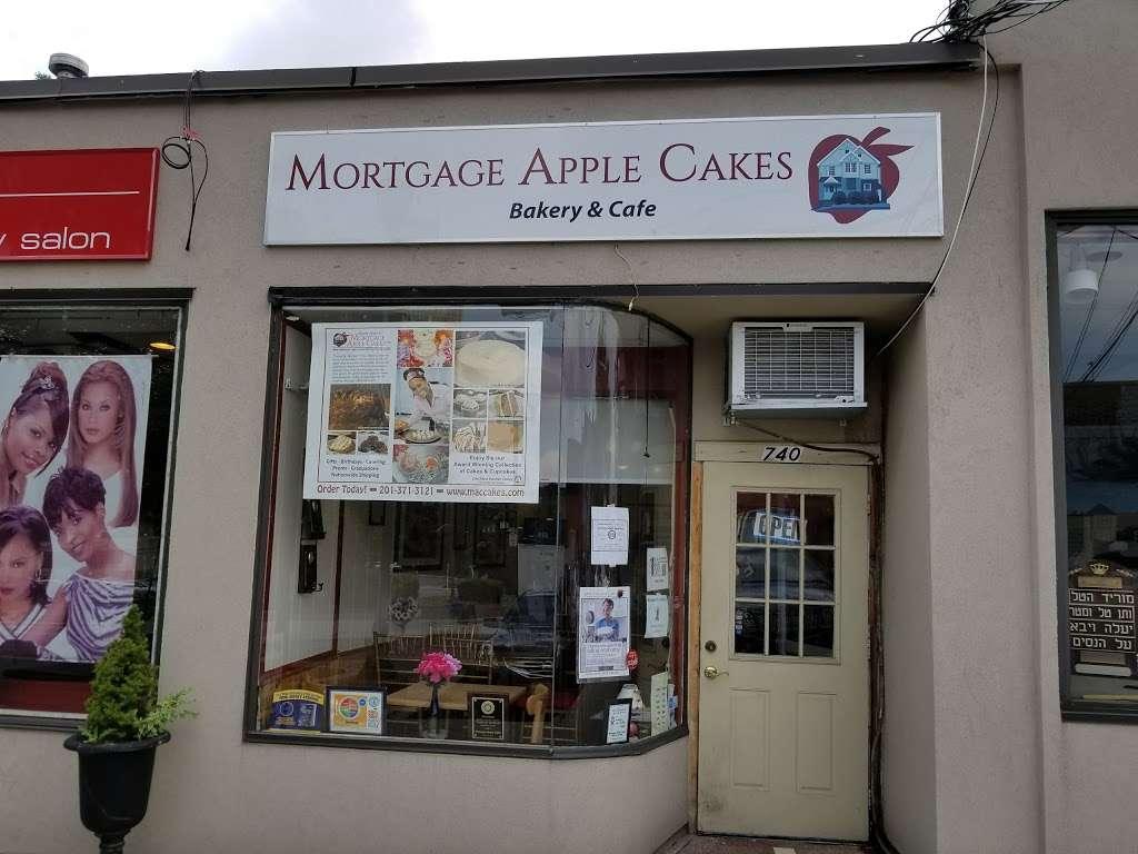 Mortgage Apple Cakes Bakery & Café - bakery    Photo 3 of 10   Address: 740 Chestnut Ave, Teaneck, NJ 07666, USA   Phone: (201) 371-3121