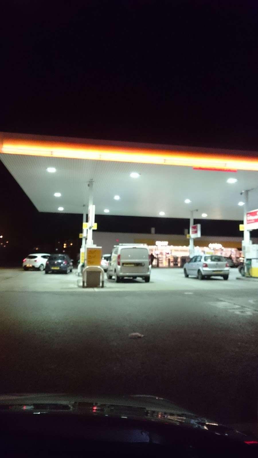 Shell - gas station    Photo 10 of 10   Address: 510 Blackfen Rd, Sidcup DA15 9NT, UK   Phone: 020 8304 1465