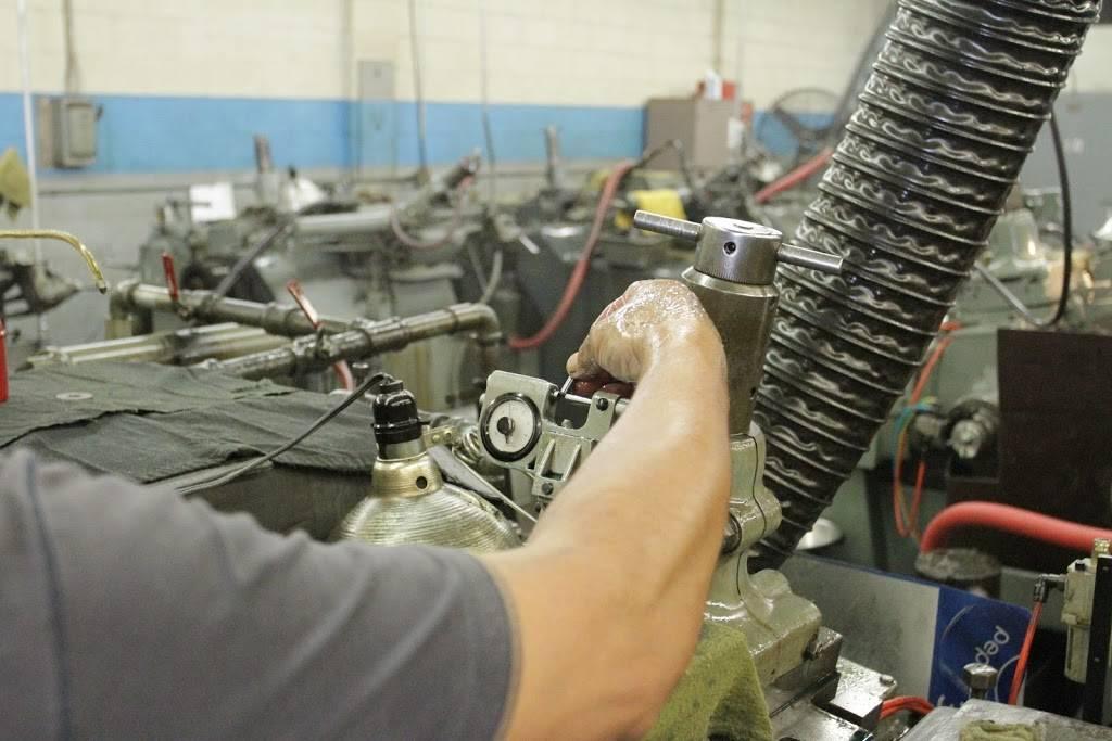 Raymac Grinding - car repair  | Photo 3 of 9 | Address: 1209 E Ash Ave, Fullerton, CA 92831, USA | Phone: (714) 525-7793