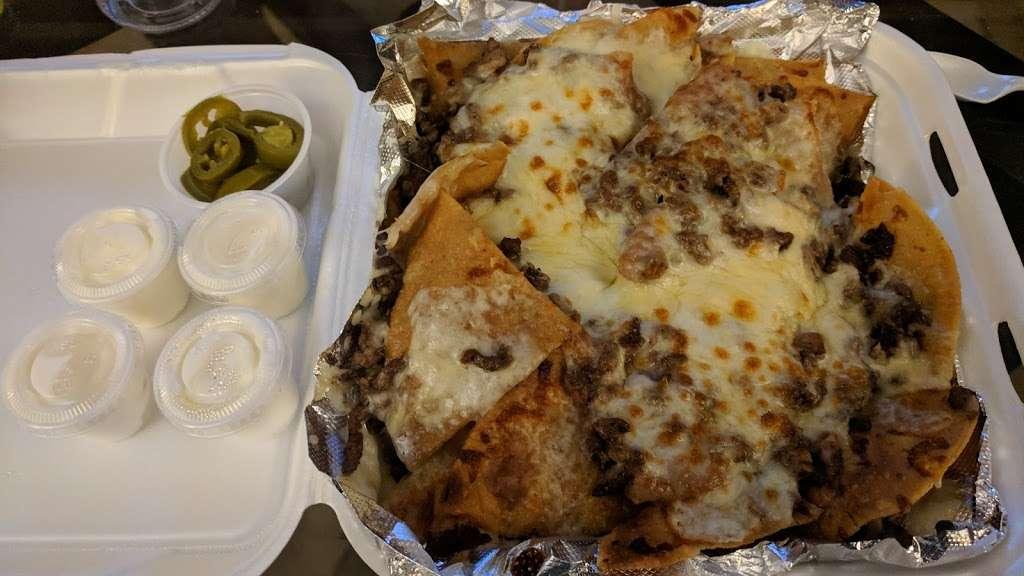 Mas Tacos - restaurant  | Photo 1 of 5 | Address: 8020 Kennedy Ave, Highland, IN 46322, USA | Phone: (219) 301-5077