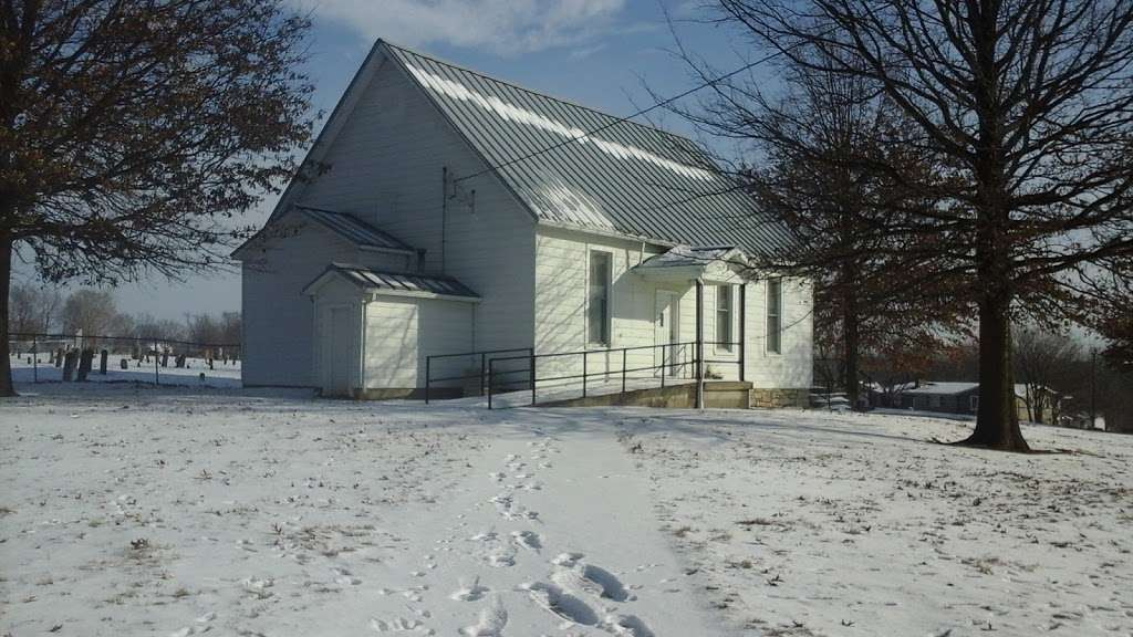 Old New Garden Primitive Baptist Church - church  | Photo 4 of 5 | Address: Excelsior Springs, MO 64024, USA