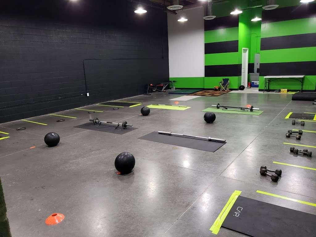 MeanVeen Fit Club LLC - gym  | Photo 2 of 10 | Address: 8343 W. Van Buren St BLDG# C-1, Tolleson, AZ 85353, USA | Phone: (909) 521-1072