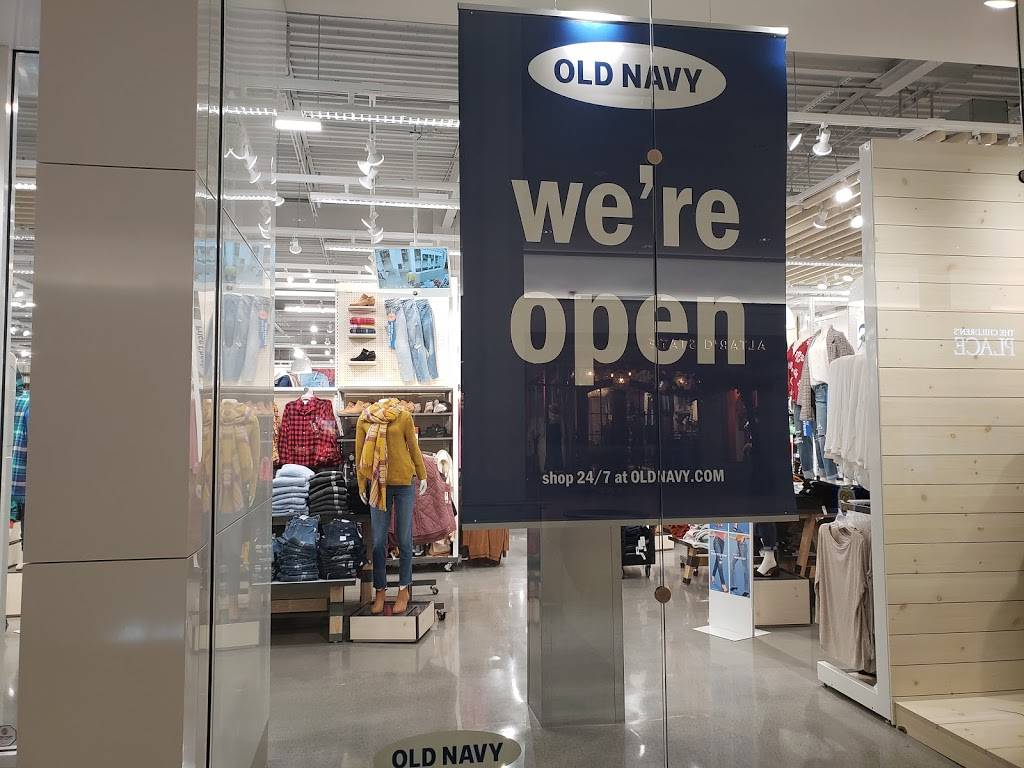 Old Navy - with Curbside Pickup - clothing store  | Photo 10 of 10 | Address: 301 S Hills Village Space 2240A, Pittsburgh, PA 15241, USA | Phone: (412) 833-6571