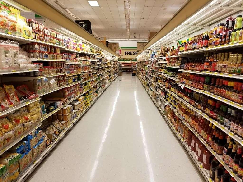Global Food - supermarket  | Photo 6 of 10 | Address: 43761, Parkhurst Plaza, Ashburn, VA 20147, USA | Phone: (703) 729-9005