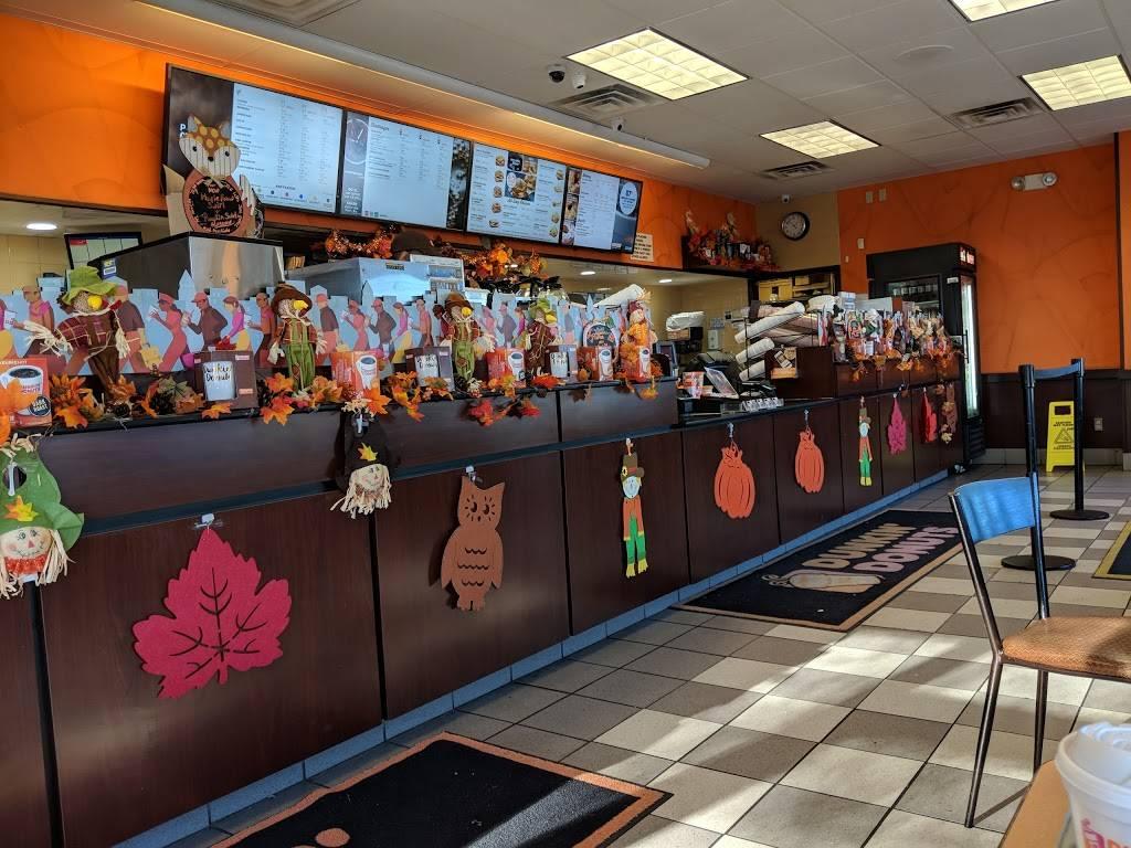 Dunkin - bakery  | Photo 7 of 10 | Address: 25 Boston St, Lynn, MA 01904, USA | Phone: (781) 599-9445