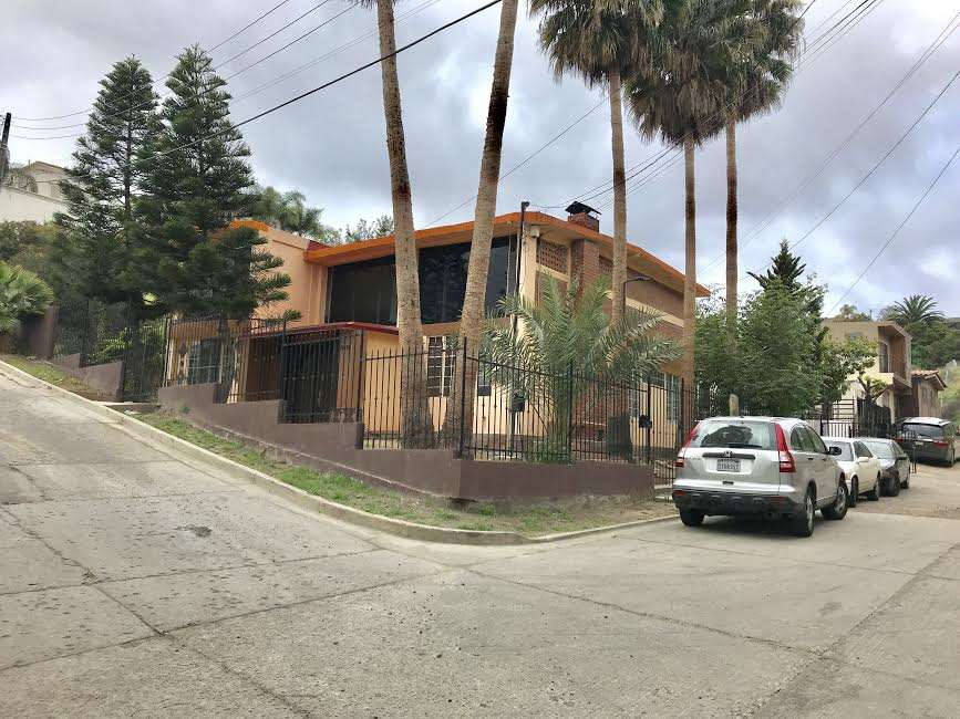 Primero Bienes Raices - real estate agency    Photo 1 of 1   Address: Mocorito 11121, 9 Section, Hipodromo, 22020 Tijuana, B.C., Mexico   Phone: 664 799 5680