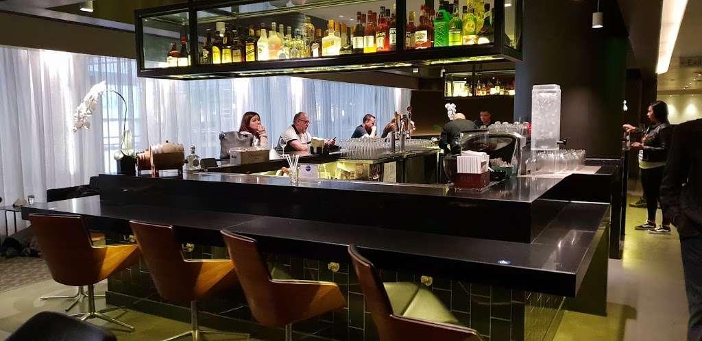 Oneworld Business Lounge - cafe    Photo 5 of 10   Address: 1 World Way, Los Angeles, CA 90045, USA   Phone: (310) 348-0750