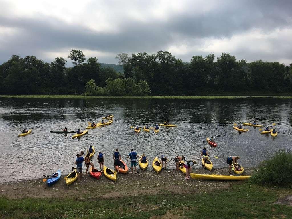 Chamberlain Canoes - travel agency  | Photo 6 of 10 | Address: 103 Five Star Ln, East Stroudsburg, PA 18301, USA | Phone: (570) 421-0180