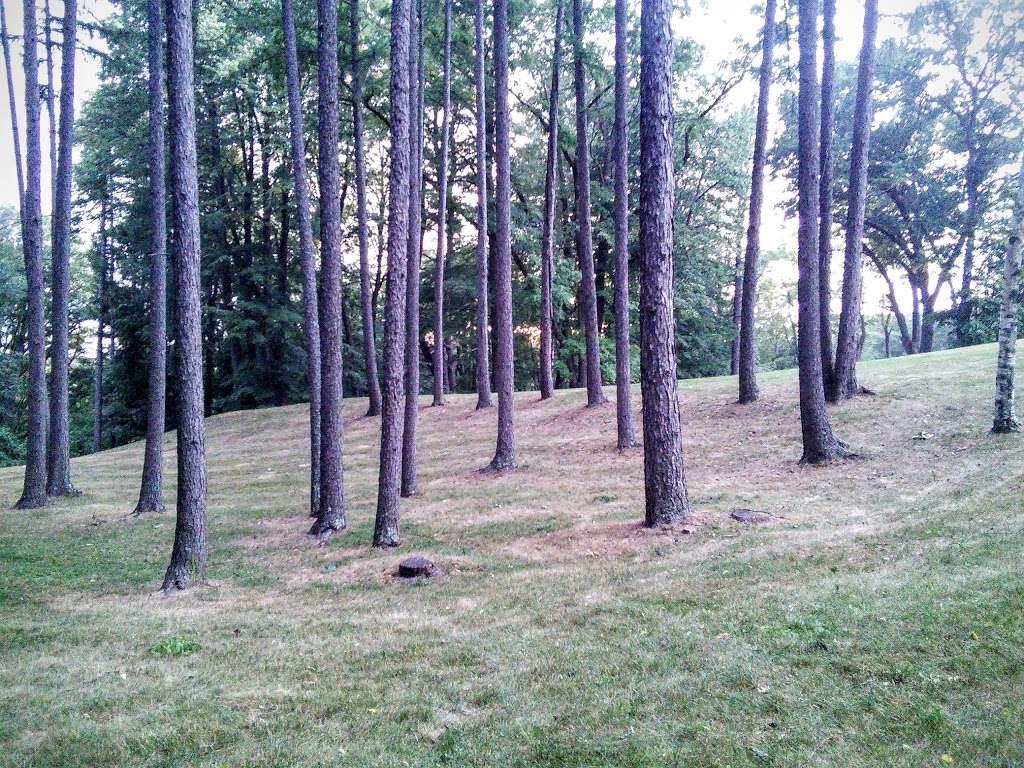 Greycourt State Park - park  | Photo 6 of 10 | Address: 37 Pleasant St, Methuen, MA 01844, USA | Phone: (978) 983-8545