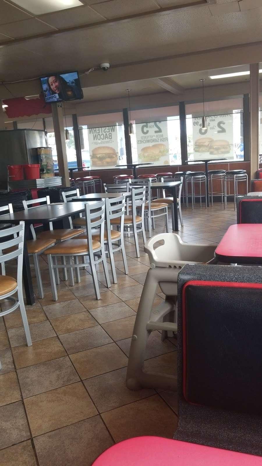Carls Jr. - restaurant  | Photo 5 of 10 | Address: 18756 Sherman Way, Reseda, CA 91335, USA | Phone: (818) 881-8775