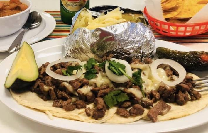iHot Tacos & Cerveza - restaurant  | Photo 3 of 10 | Address: 5500 Doniphan Dr Suite E & F, El Paso, TX 79932, USA | Phone: (915) 313-5708