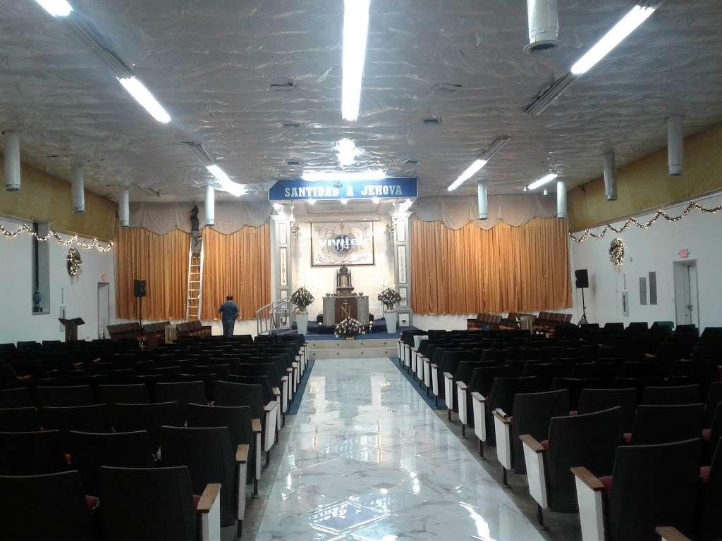 Iglesia La Luz Del Mundo - church  | Photo 2 of 10 | Address: 9645 Parkton Rd, Charlotte, NC 28215, USA