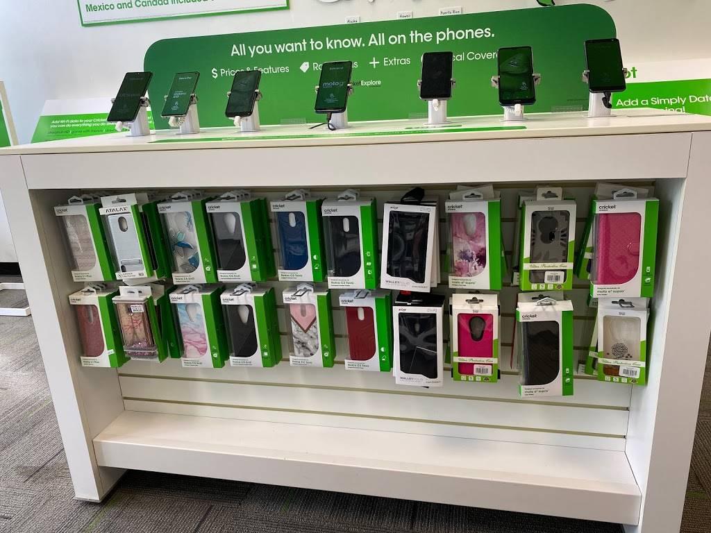Cricket Wireless Authorized Retailer - store  | Photo 3 of 7 | Address: 4702 Nolensville Pike Ste. C, Nashville, TN 37211, USA | Phone: (615) 891-1648