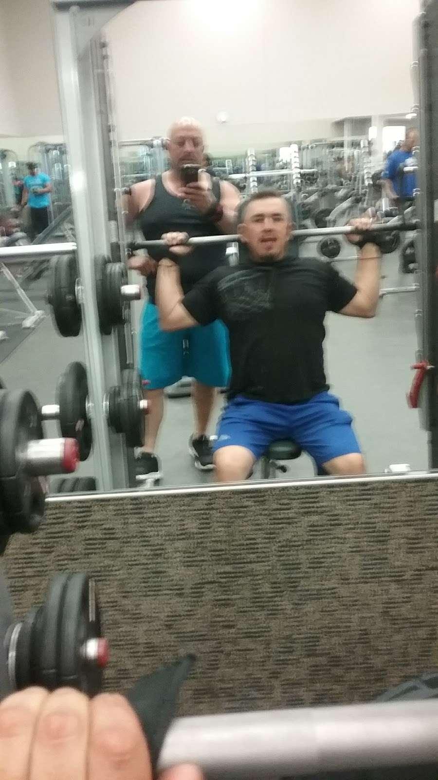LA Fitness - gym  | Photo 9 of 10 | Address: 452 Lakehurst Rd, Waukegan, IL 60085, USA | Phone: (224) 399-0990