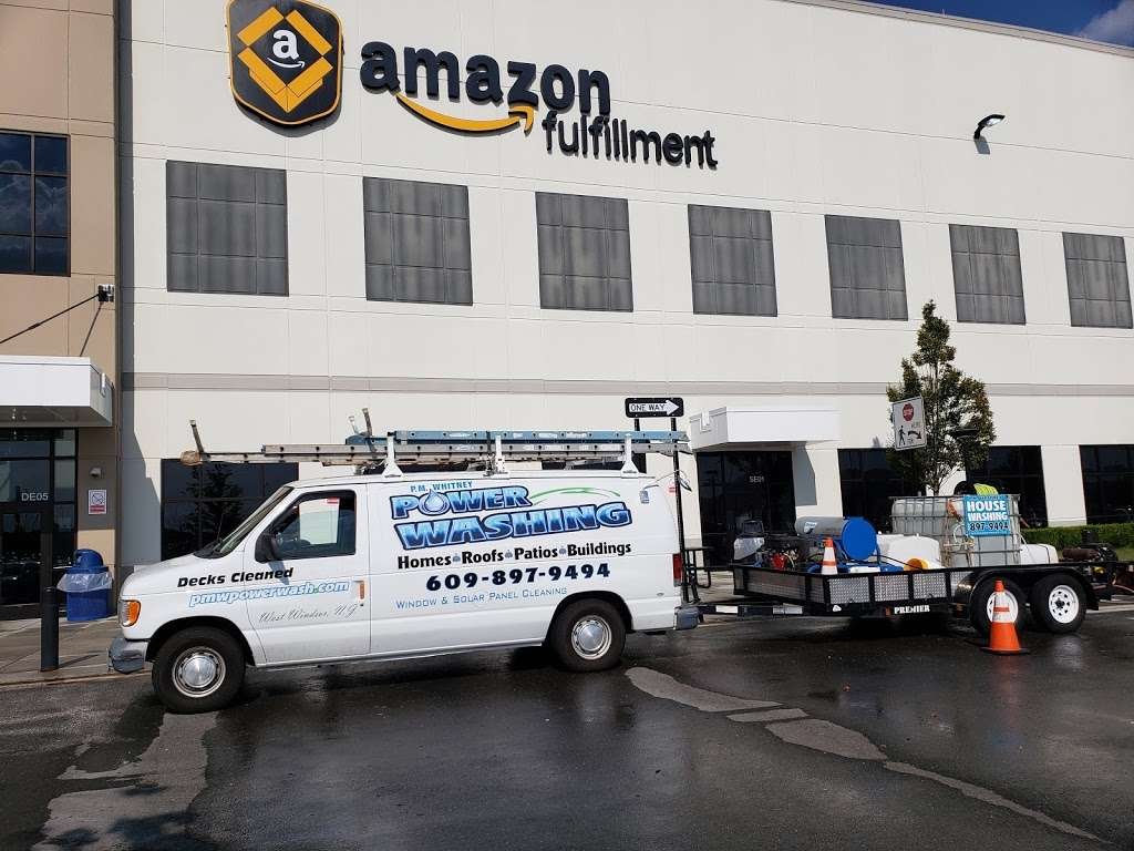 Amazon EWR4 - storage  | Photo 2 of 10 | Address: 50 New Canton Way, Robbinsville, NJ 08691, USA | Phone: (732) 979-7825