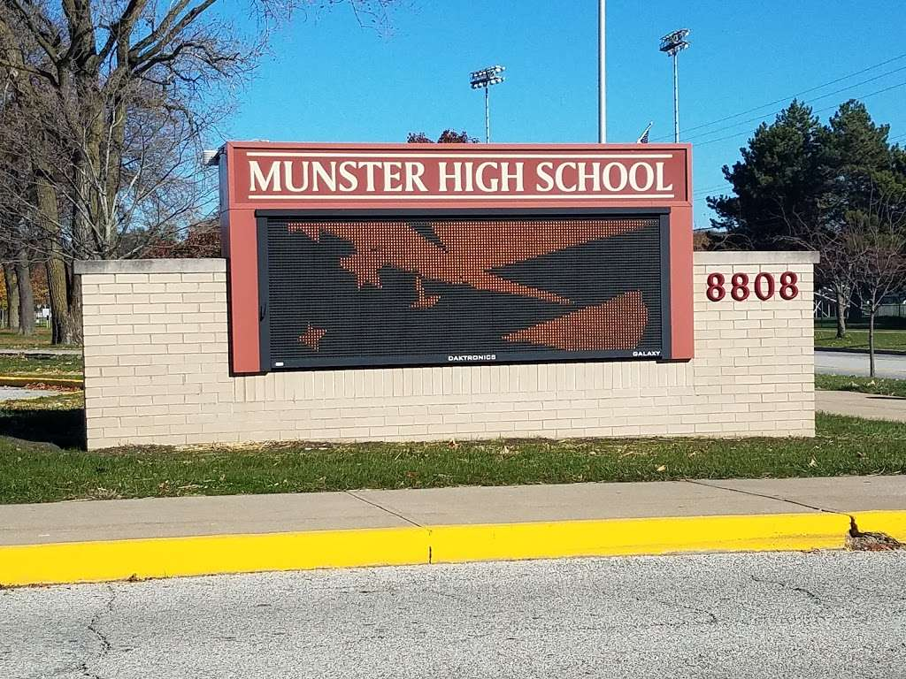 Munster High School | 8808 Columbia Ave, Munster, IN 46321, USA