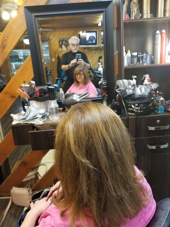 Wild Hairs Salon - hair care  | Photo 5 of 10 | Address: 508 Denise Ct, Williamstown, NJ 08094, USA | Phone: (856) 629-4712