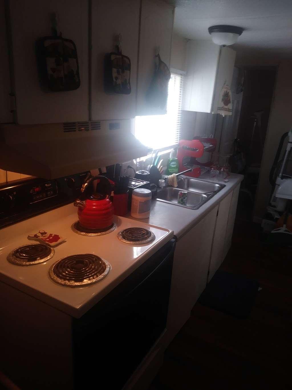 21 PALMS Travel Resort - lodging  | Photo 3 of 10 | Address: 584 State Road 559, Auburndale, FL 33823, USA