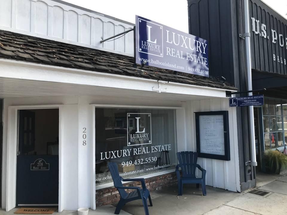 Luxury Real Estate - real estate agency  | Photo 9 of 10 | Address: 208 Marine Ave, Newport Beach, CA 92662, USA | Phone: (949) 607-8122
