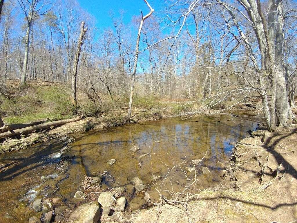 Ellanor C. Lawrence Park - park    Photo 4 of 10   Address: 5040 Walney Rd, Chantilly, VA 20151, USA   Phone: (703) 631-0013