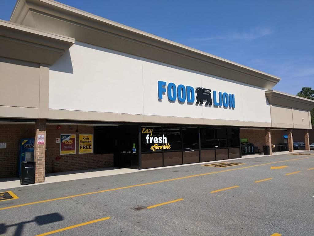 Food Lion - store  | Photo 4 of 8 | Address: 4826 Country Club Rd, Winston-Salem, NC 27104, USA | Phone: (336) 760-2471