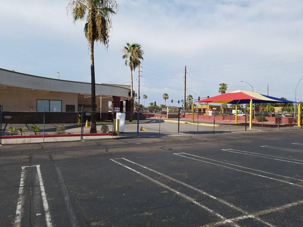 Raceway Express Car Wash - car wash    Photo 1 of 10   Address: 808 S Alma School Rd, Mesa, AZ 85210, USA   Phone: (602) 900-1731