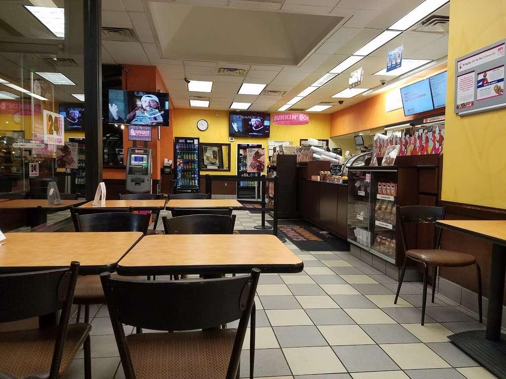 Dunkin - bakery  | Photo 4 of 10 | Address: 186 Elmora Ave, Elizabeth, NJ 07202, USA | Phone: (908) 289-9327