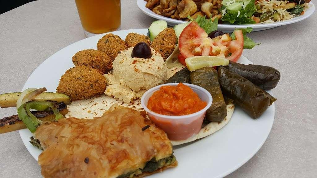 Arslans Gyros - restaurant  | Photo 8 of 10 | Address: 3861 Mission Blvd, San Diego, CA 92109, USA | Phone: (619) 373-0706