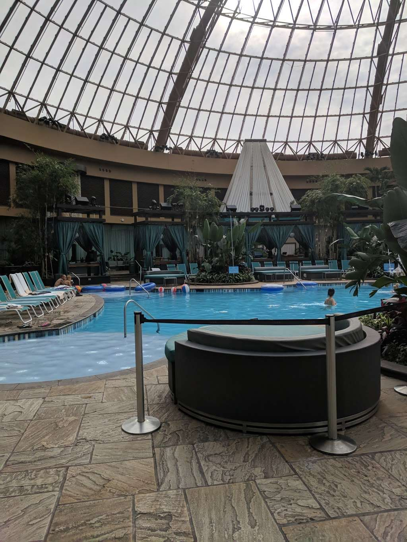 The Pool After Dark - night club  | Photo 8 of 10 | Address: 777 Harrahs Blvd, Atlantic City, NJ 08401, USA | Phone: (609) 441-5585