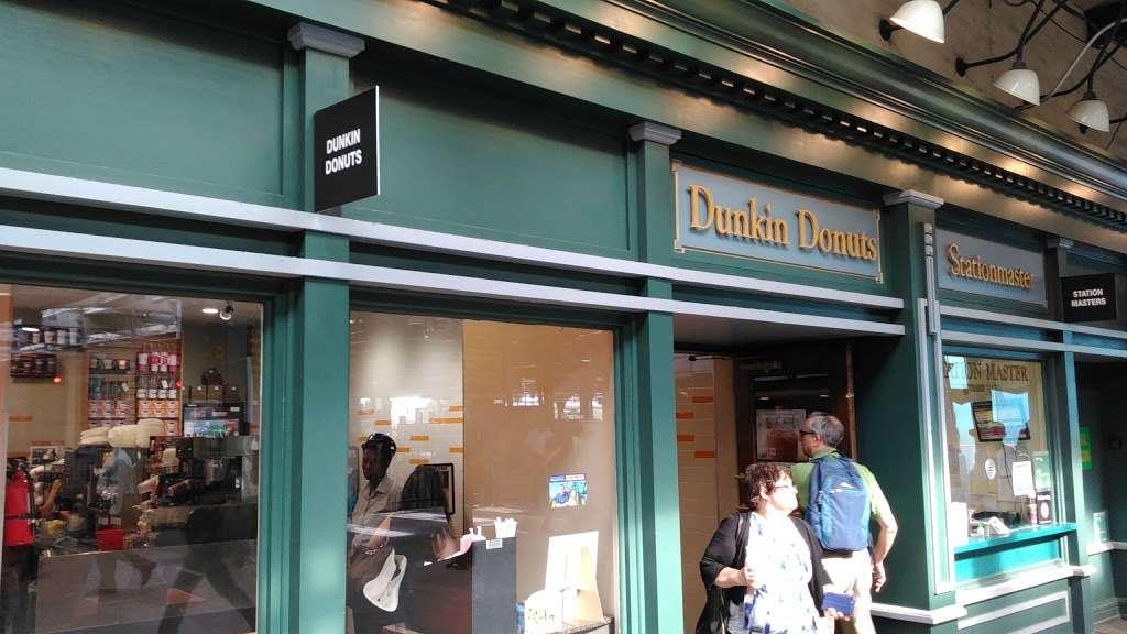 Dunkin - cafe  | Photo 9 of 10 | Address: 1 Hudson Pl, Hoboken, NJ 07030, USA | Phone: (201) 656-6061