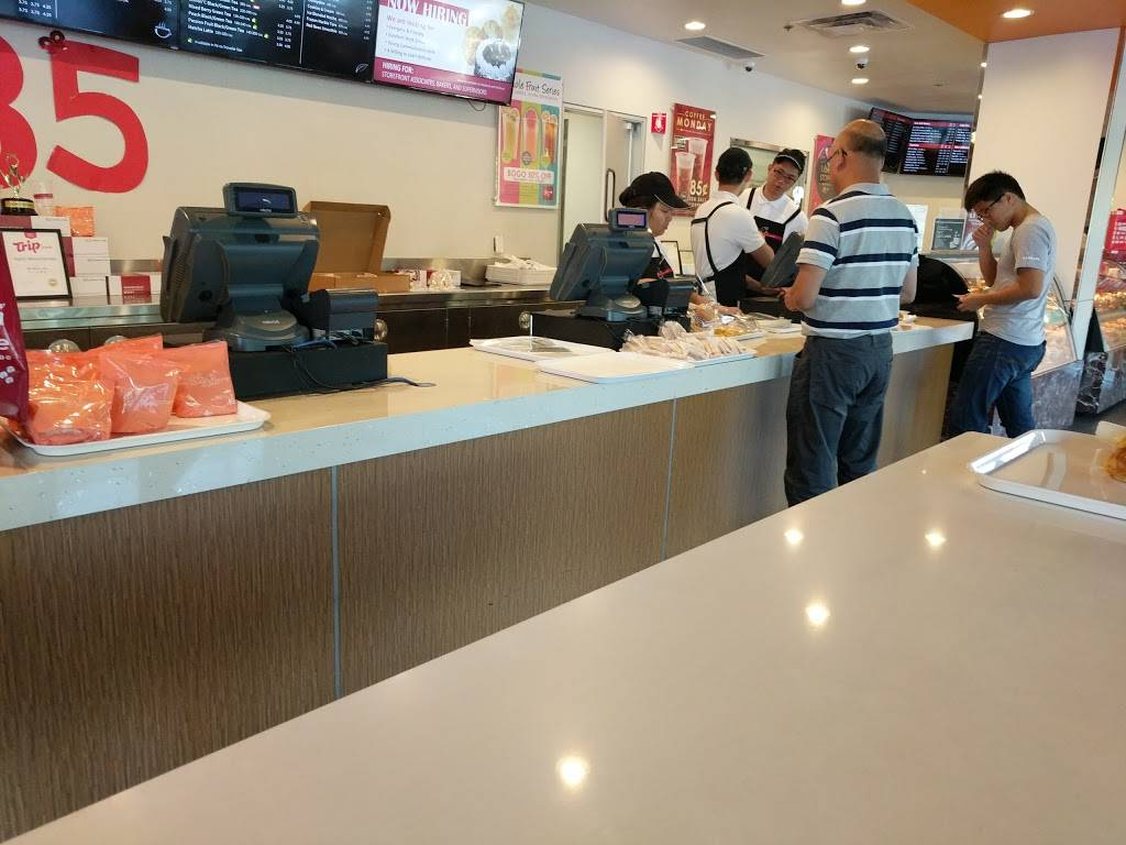 85°C Bakery Cafe - bakery  | Photo 8 of 9 | Address: 672 Barber Ln, Milpitas, CA 95035, USA | Phone: (408) 432-8585