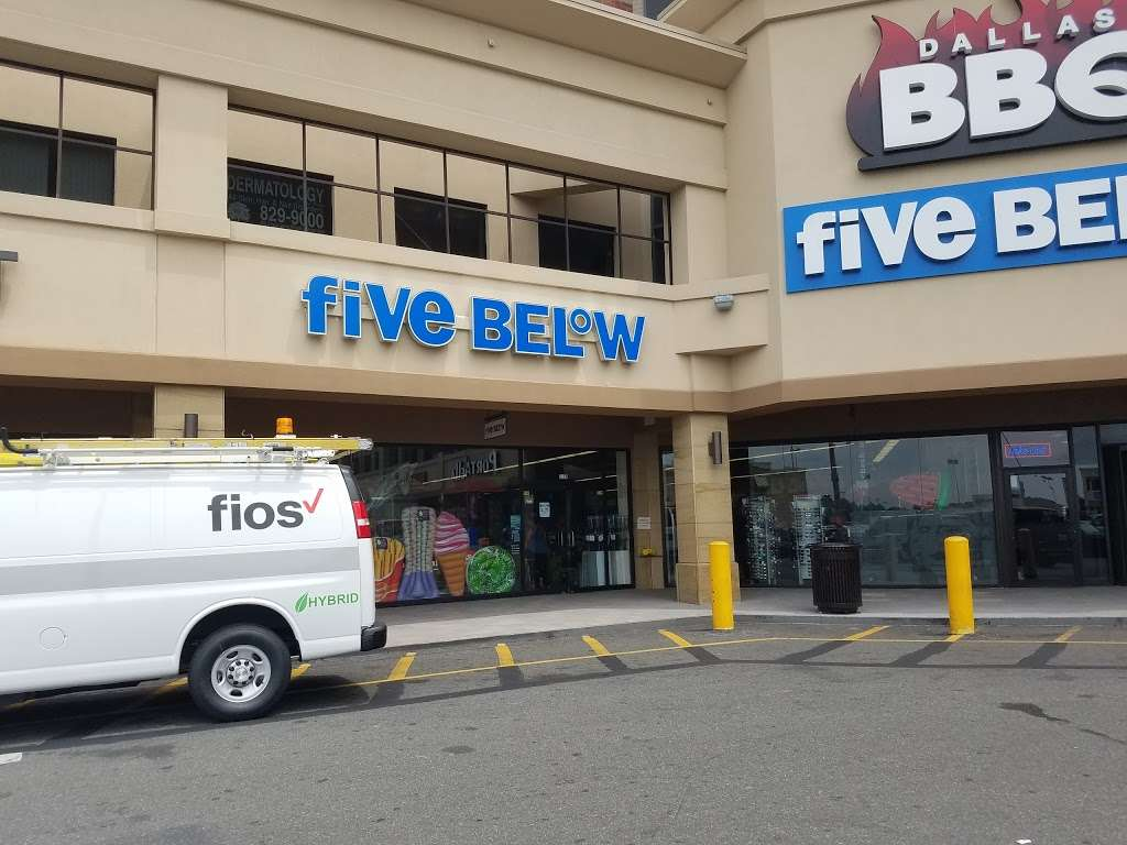 Five Below - store  | Photo 2 of 10 | Address: 2156 Bartow Ave, Bronx, NY 10475, USA | Phone: (718) 671-1694