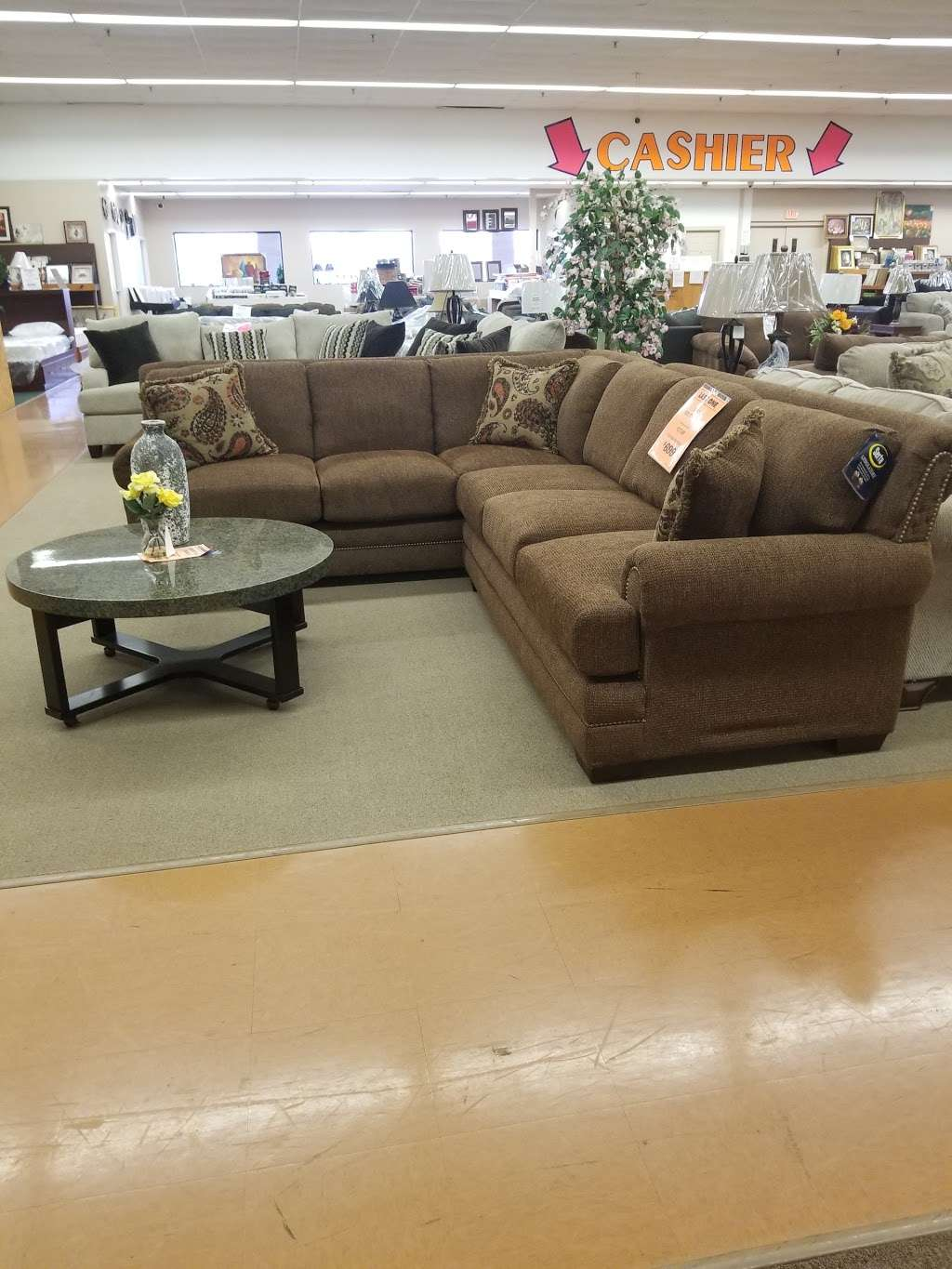 Unclaimed Freight Furniture Store 5370 Allentown Pike