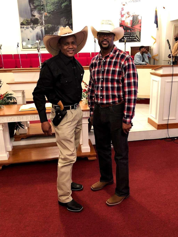 St. Holland Missionary Baptist Church - church  | Photo 4 of 10 | Address: 6395, 15898 Hwy 6, Navasota, TX 77868, USA | Phone: (936) 253-6056