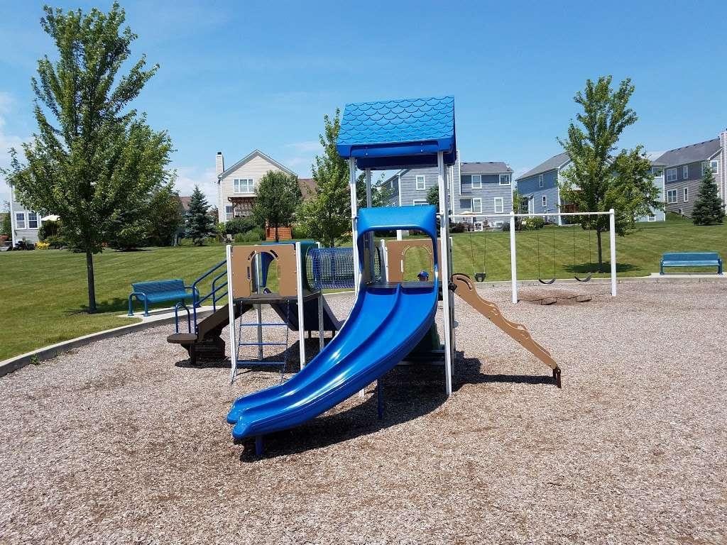Boathouse Park - park  | Photo 1 of 10 | Address: Rocton Ave, Elgin, IL 60124, USA