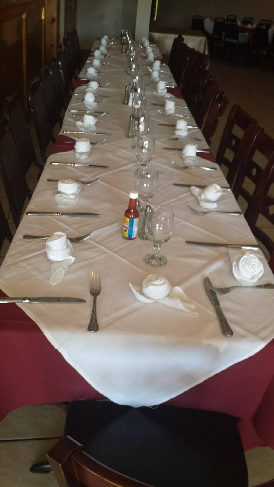El Paraiso Restaurant - restaurant  | Photo 6 of 10 | Address: 6515 New Hampshire Ave, Takoma Park, MD 20912, USA | Phone: (301) 270-1190