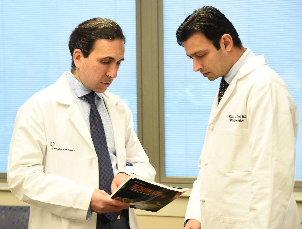 Martin Mortazavi, MD - doctor    Photo 2 of 8   Address: 2100 Lynn Rd #120, Thousand Oaks, CA 91360, USA   Phone: (805) 795-7656