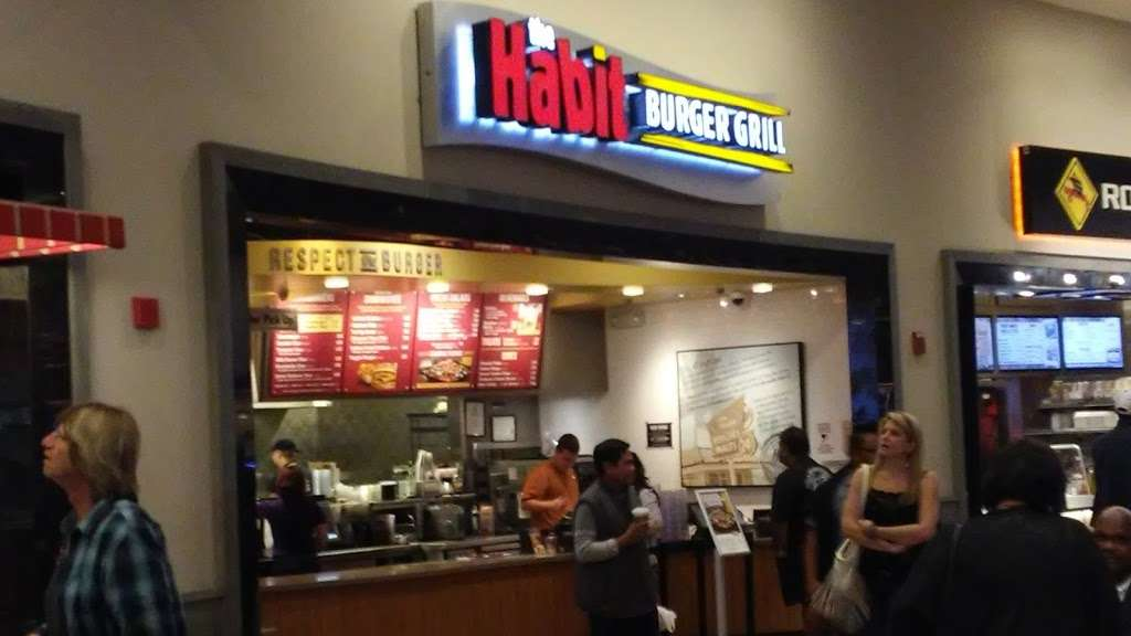 The Habit Burger Grill - meal takeaway  | Photo 4 of 10 | Address: Food Court, 630 Park Ct, Rohnert Park, CA 94928, USA | Phone: (707) 585-7960