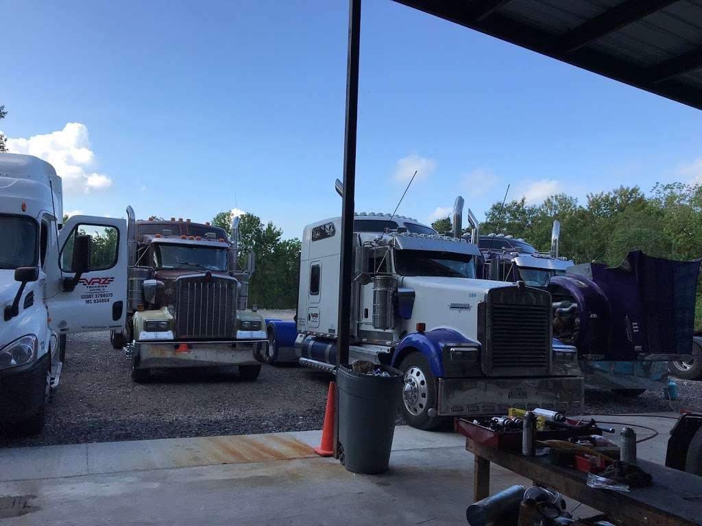 Big Truckin Diesel - car repair  | Photo 3 of 5 | Address: 12934 Green River Dr, Houston, TX 77044, USA | Phone: (832) 860-2183