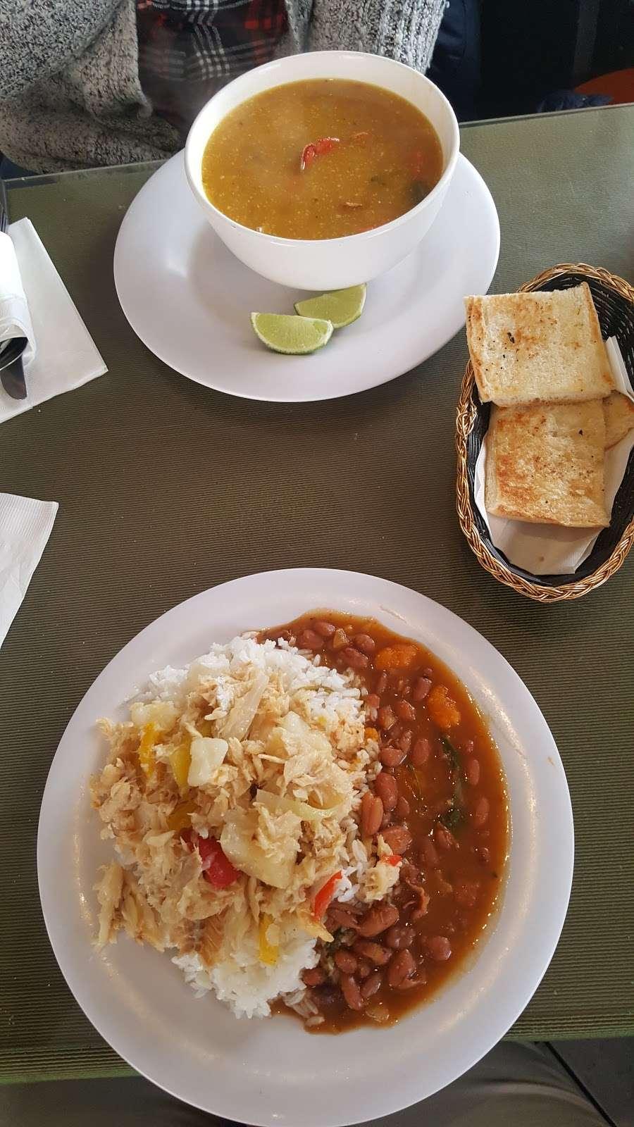 Fiesta Cafe and Bar - cafe  | Photo 2 of 10 | Address: 4640 Third Ave, Bronx, NY 10458, USA | Phone: (718) 733-2211