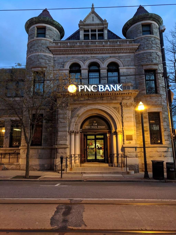 PNC Bank - bank    Photo 1 of 7   Address: 114 W State St, Media, PA 19063, USA   Phone: (610) 892-2650