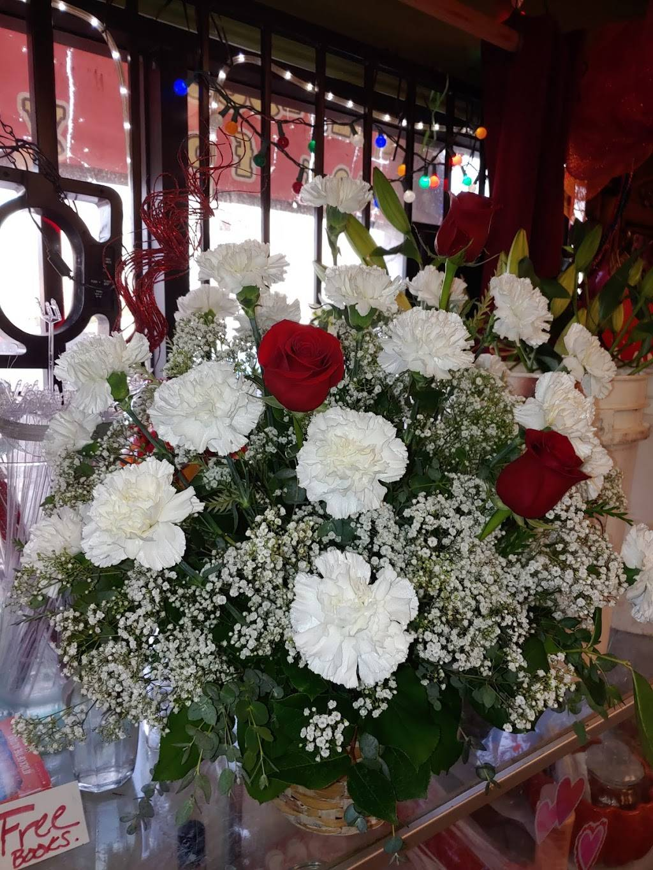 Alinas Florist - florist  | Photo 5 of 10 | Address: Avon St, Riverside, CA 92509, USA | Phone: (951) 217-5895