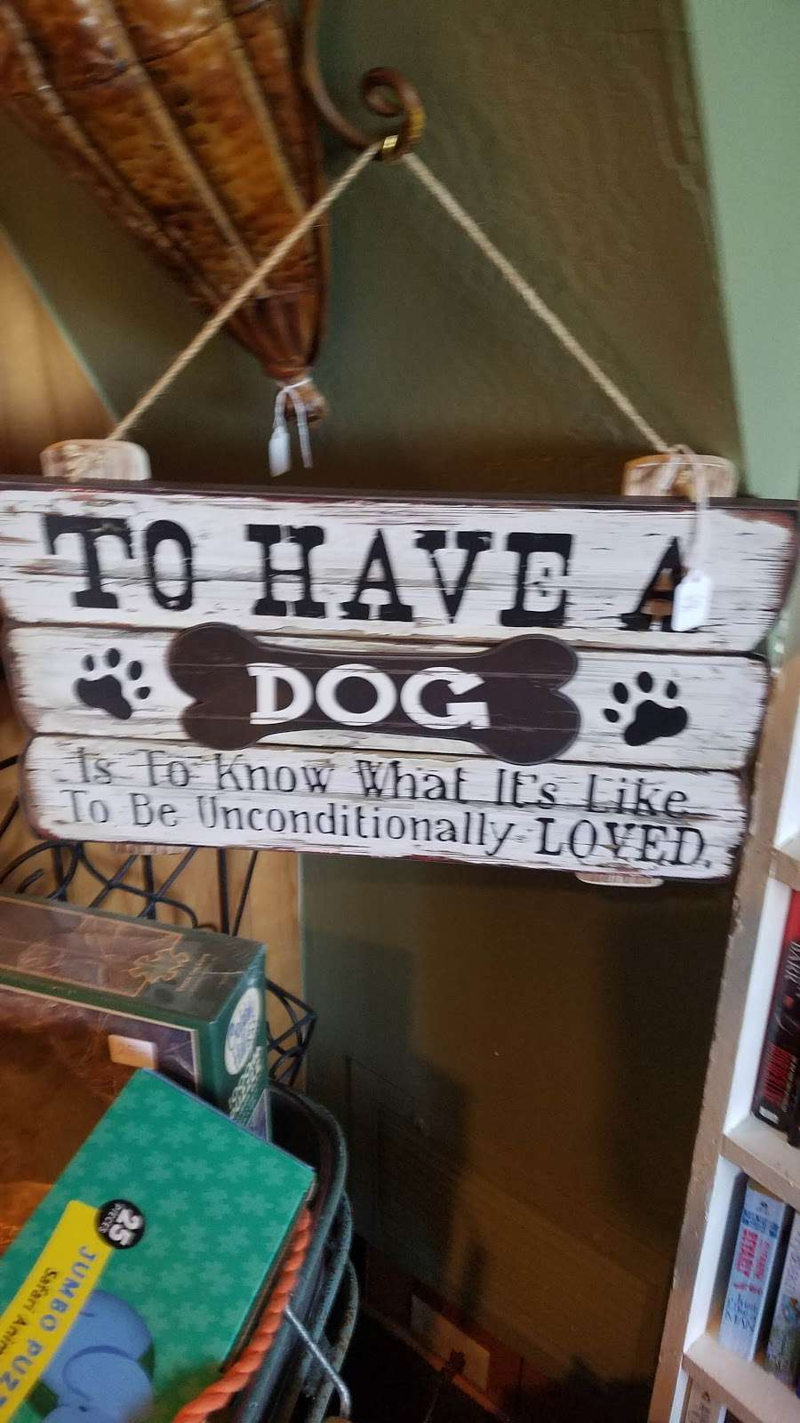 Bellas Antiques - home goods store  | Photo 6 of 6 | Address: 935 S Kuffel Canyon Rd, Skyforest, CA 92385, USA | Phone: (909) 485-1136