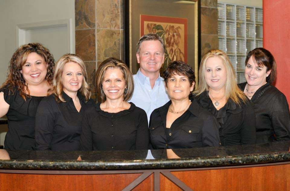 Otteson Family & Cosmetic Dentistry - dentist    Photo 1 of 7   Address: 801 W Elliot Rd, Chandler, AZ 85225, USA   Phone: (480) 899-6229
